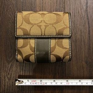 Small Brown Coach Wallet